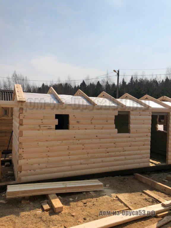 Процесс строительства мобильной бани