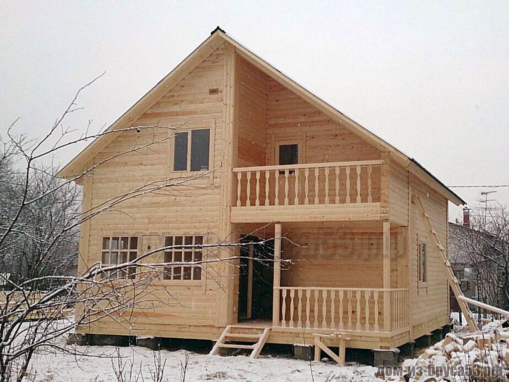 Классический дом из бруса для постоянного проживания
